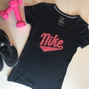 Nike Fitted Tee